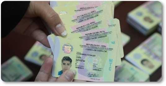 Tramites y requisitos para revalidar la licencia de conducir o brevete