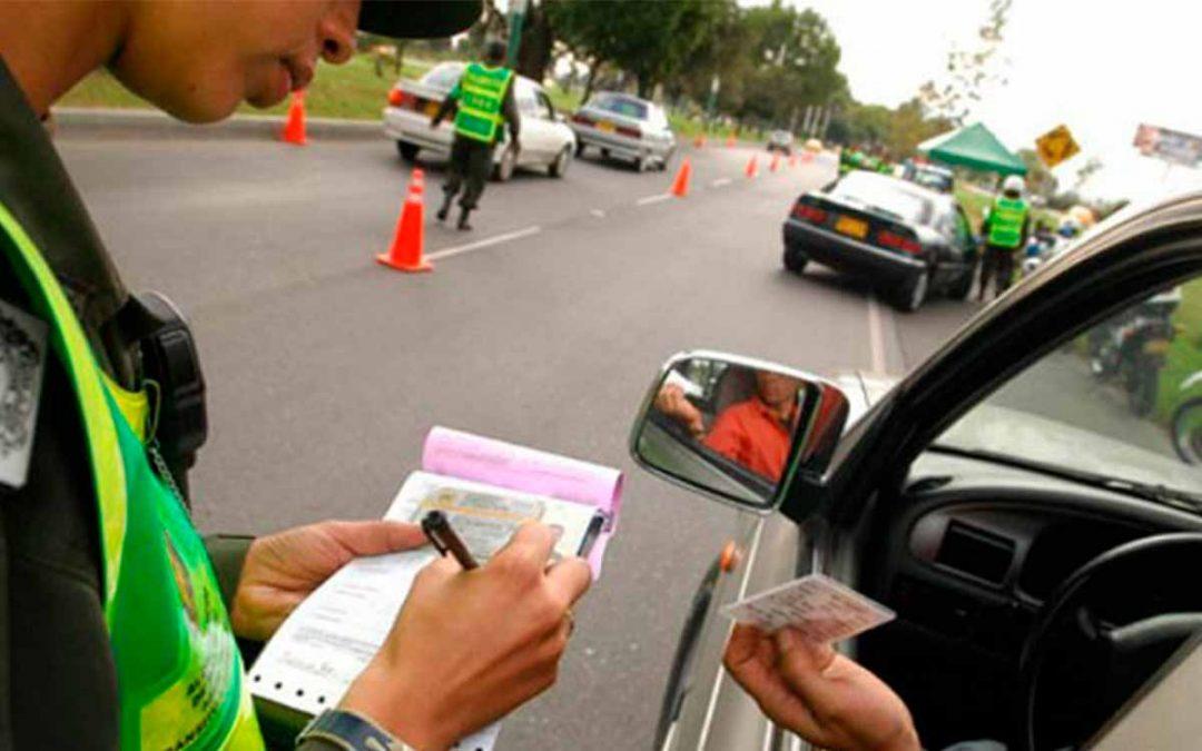 Cómo pagar las multas de transito con descuento en línea